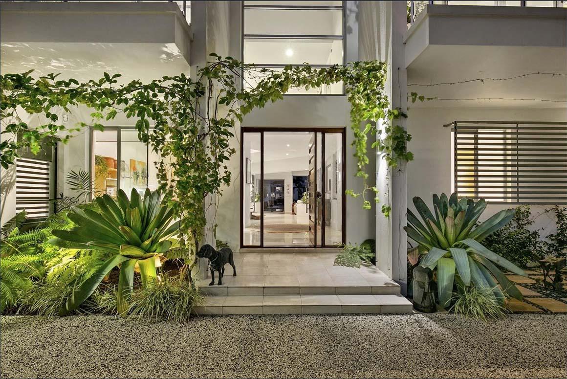 luxury homes brisbane